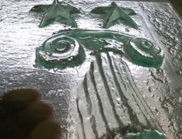 bas relief in glass, float glass