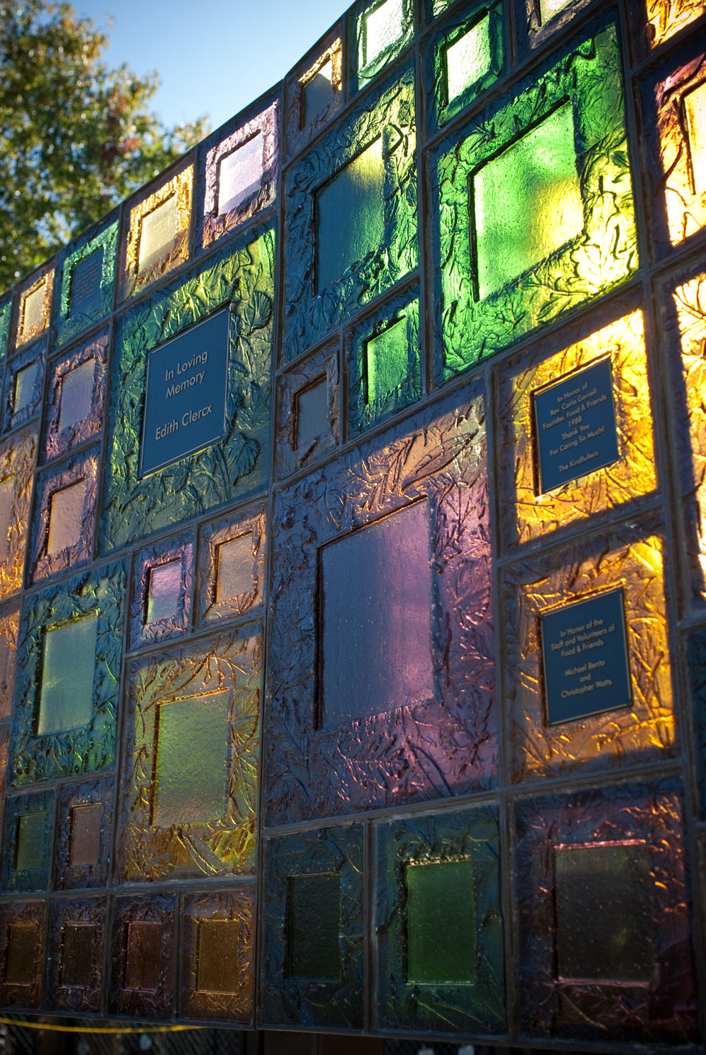 ... food_u0026_friends.art_wall.glass & Public Art/ Monuments | Washington Glass Studio