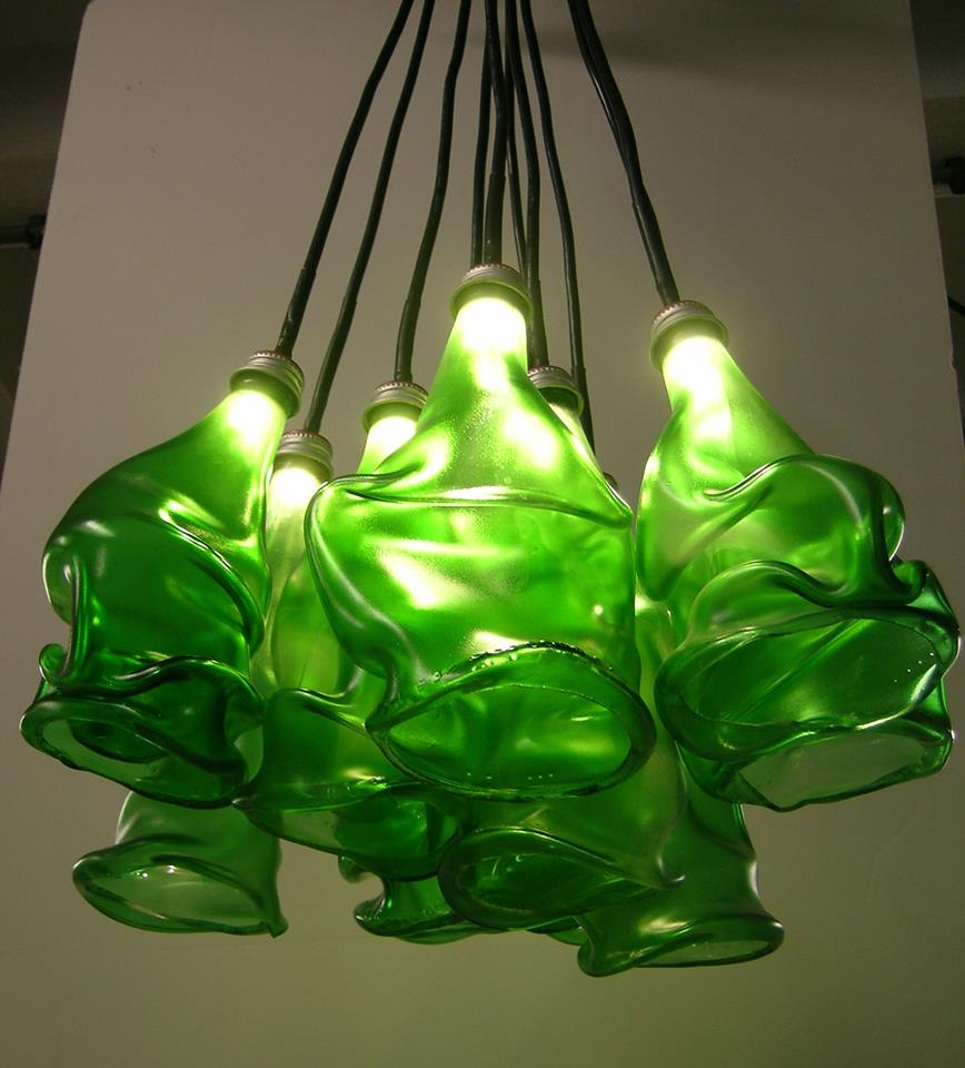erwin.timmers.clusterx.recycled_glass.bottle.led