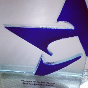 americans-for-the-arts-award-leadership-usa-glass-washington-boston-300x300