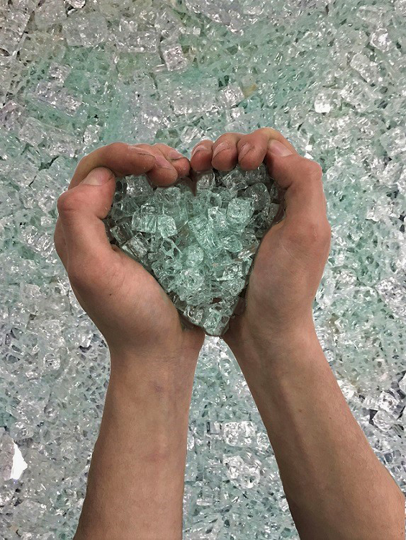 heart.recycled.glass.art.washington.environmental.earthday