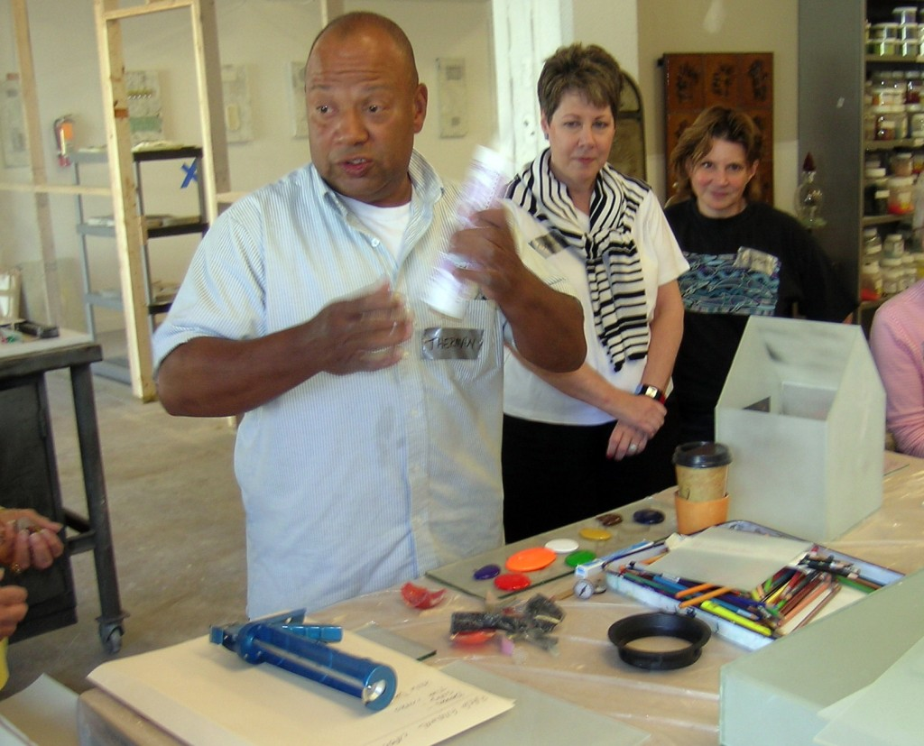 Therman Statom leading a JRA workshop at the Washington Glass School in 2006.
